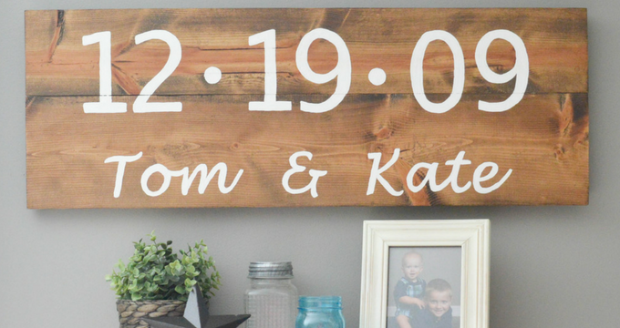 How to Make a DIY Rustic Wood Sign