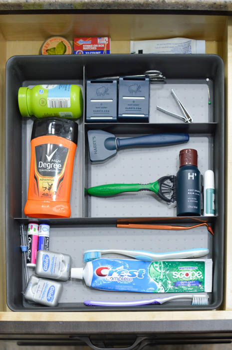 Are your bathroom drawers a mess? Mine were too! Get those vanity drawers organized with these simple tips!