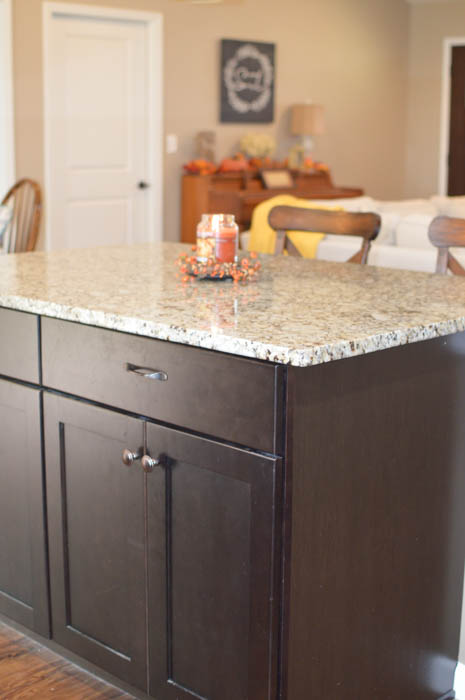 A lunch packing station can help your mornings go more smoothly when the back to school rush begins. Learn how you can set one up in your kitchen too!