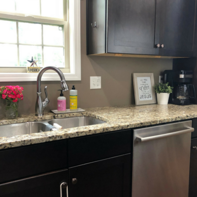 Simplify Your Kitchen with Clutter-free Countertops