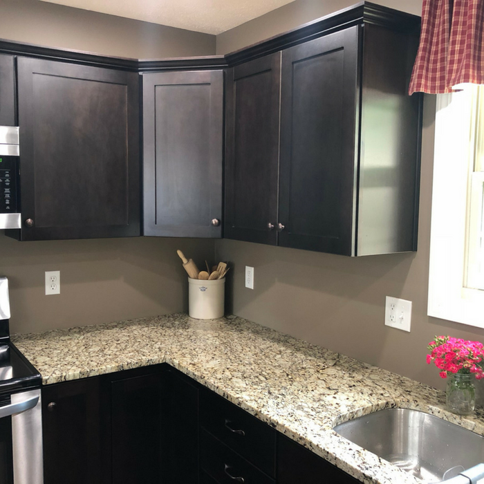 Simplify Your Kitchen With Organized Kitchen Cabinets