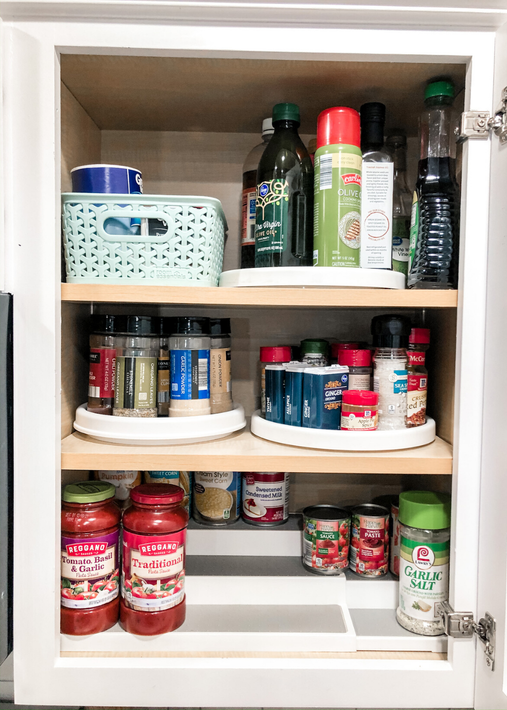 Organized Kitchen - Spice Cabinet