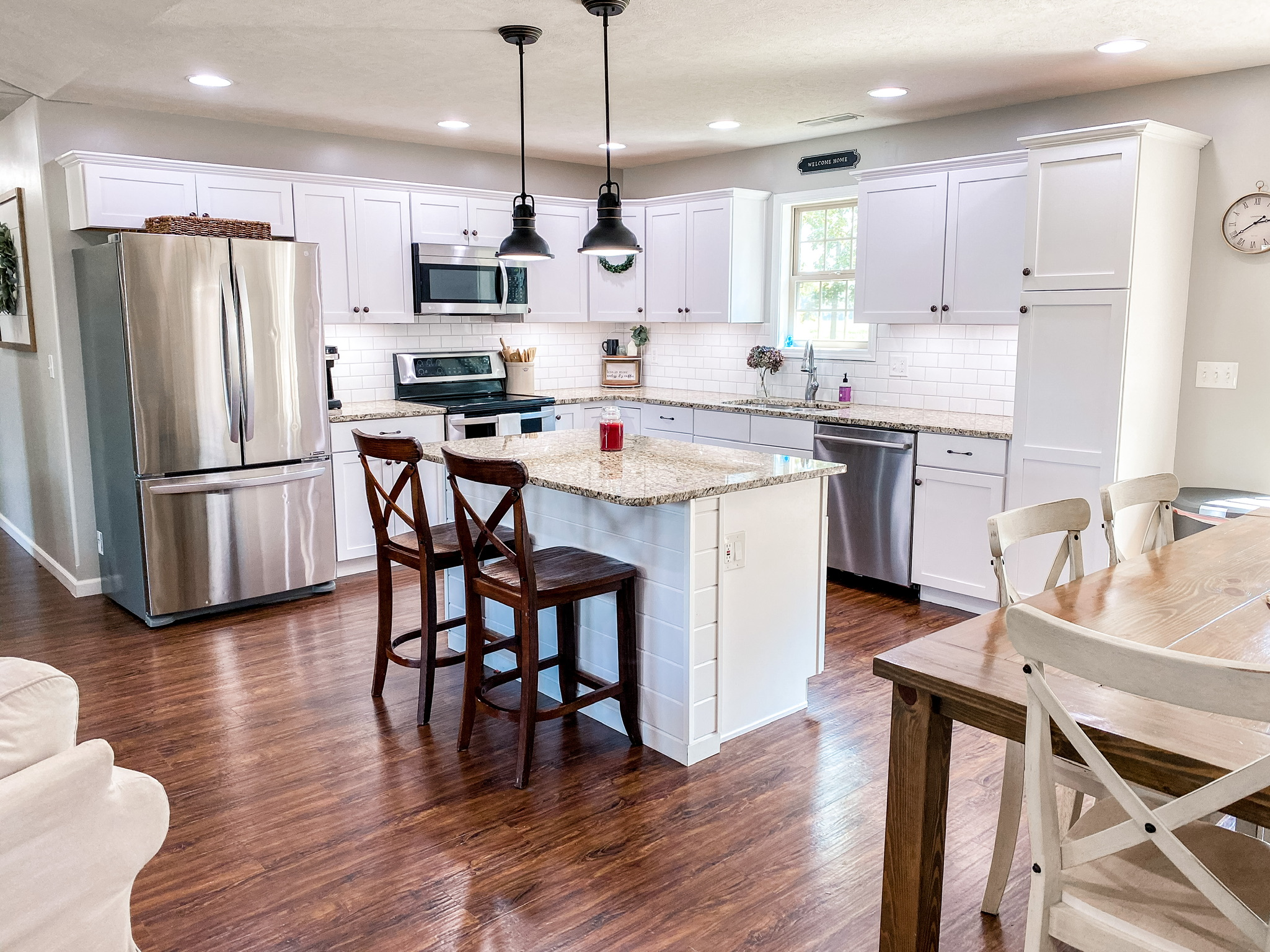 Farmhouse Style White Kitchen